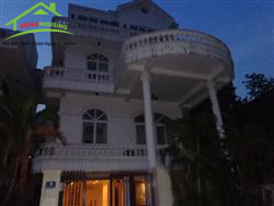 Lake view,charming villa 5 bedrooms in Nghi Tam Village , Tay Ho, Ha Noi