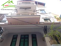 4 bedrooms, house in Lane Dang Thai Mai, Tay Ho, Ha Noi