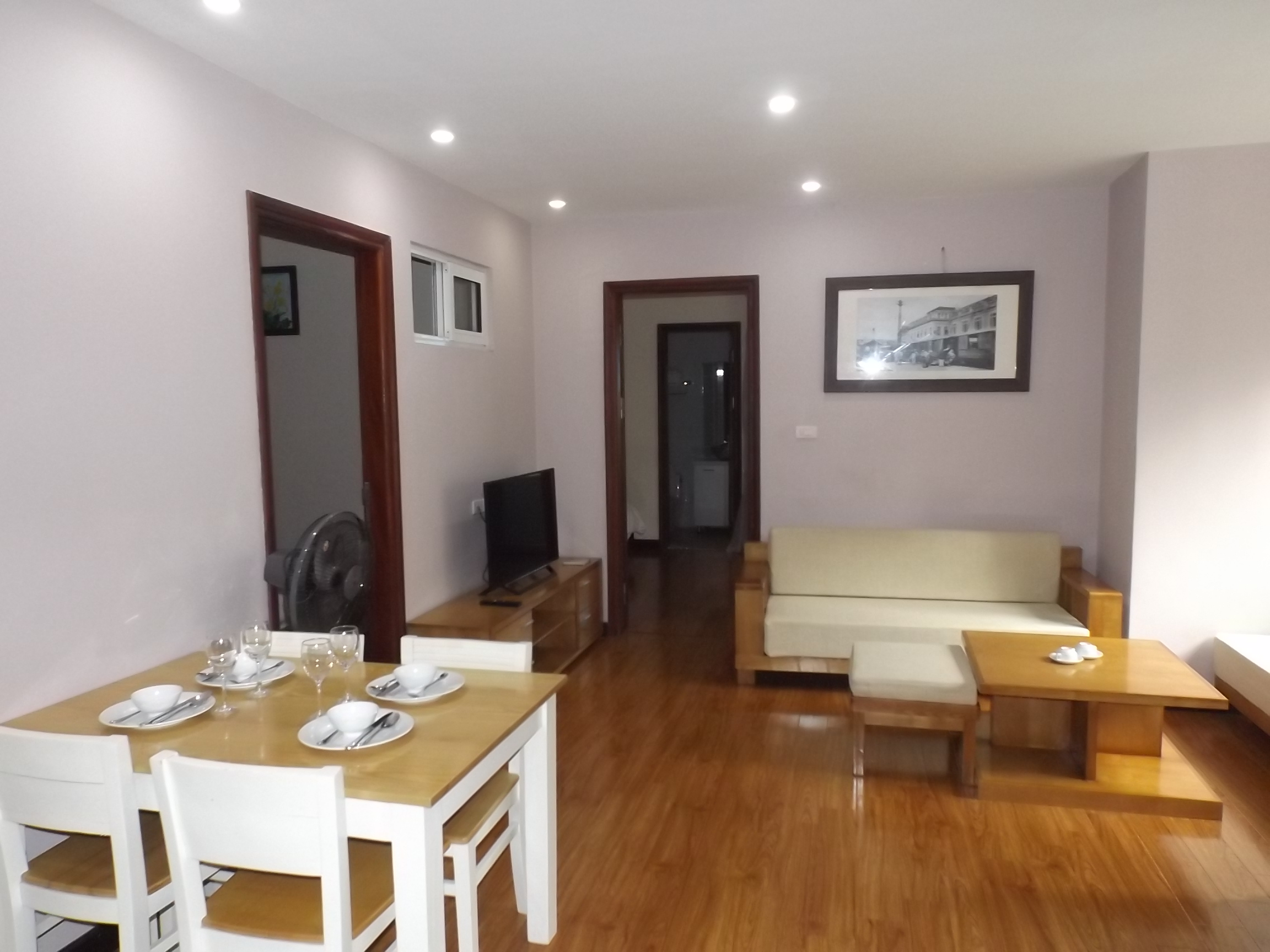 Two bedroom apartment for rent in Au Co with rooftop have gym