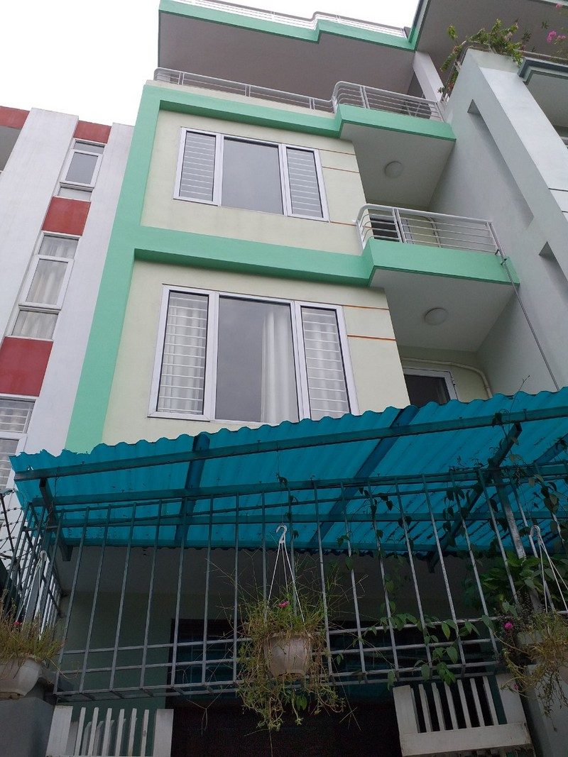 House for rent in Tay Ho with 4 bedroom (Vn)