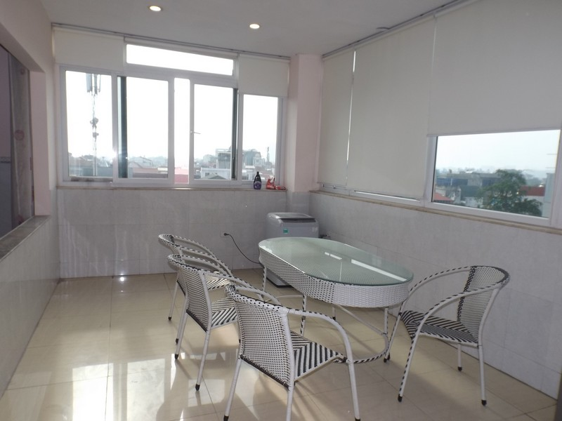 Light apartment 2 bed for rent in Tay Ho (Fr)