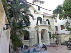 swimming pool Big garden villa to rent 4 bedrooms in To Ngoc Van,Tay Ho dist,. (Vn)