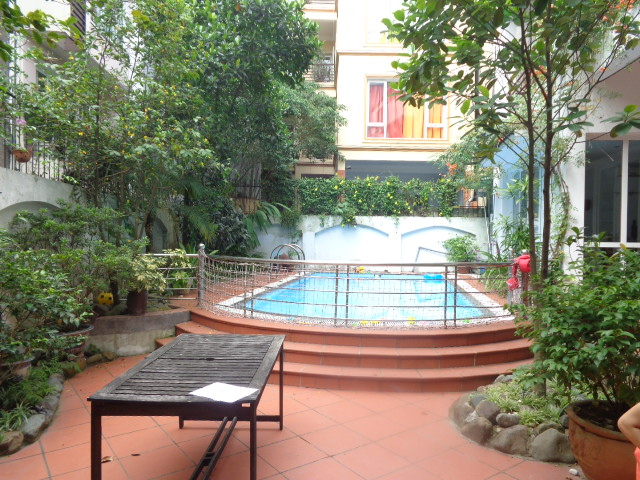 Swimming pool Big garden  villa to rent 5 bedrooms in  Quang An ,Tay Ho dist,.