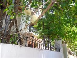 charming 4 bedrooms house garden available to rent in To Ngoc Van ,Tay Ho ,Ha Noi (Vn)