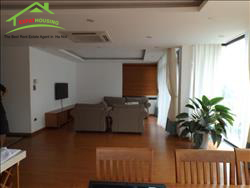 Modern and good disign, 3 beds, Apartment for rent in Dang thai Mai , TayHo, Ha Noi