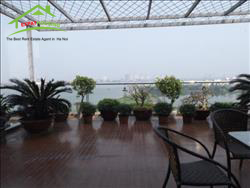 Beautiful 3 bedrooms apartment for rent with large terrace over looking WestLake,Tay Ho,Ha Noi