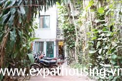 beautiful house, 5 bedroom with garden in Kim Ma,Ba Dinh, Ha Noi for rent