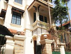 4 Bedroom, House in To Ngoc Van, Hight quality, quiet area, Car acces,
