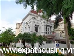 beautiful 5 bedrooms Villa in T2 Block Ciputra , Tay Ho,Ha Noi (Vn)