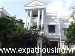 5 bedrooms,big side villa in Block D2,Ciputra,Tay Ho,Ha Noi available for rent