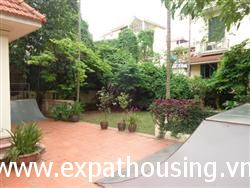 Big garden house, 3 Bed, Nghi Tam Street, Tay Ho