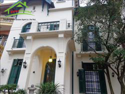 charming and elegent Villa located in To Ngoc Van, Tay Ho, Ha Noi