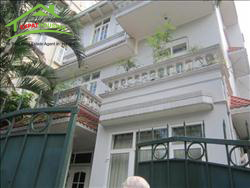 House in To Ngoc Van, Tay Ho, Ha Noi