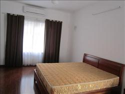 2 Bedrooms Apart in Nghi Tam 900 USD