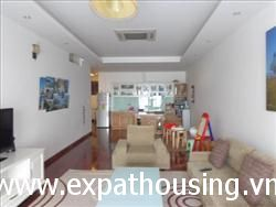 4 Bedrooms Apart in Xuan Dieu 2700 USD (Fr)