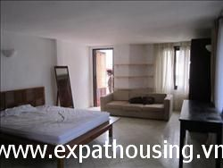 1 bedrooms apartment in Tran Vu lake view 800 USD (Fr)