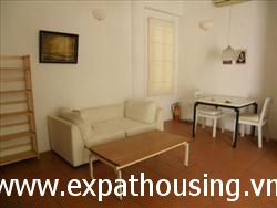2 Bedrooms, Apartment in lane 1 Au Co street, quang An, Tay Ho, Ha Noi