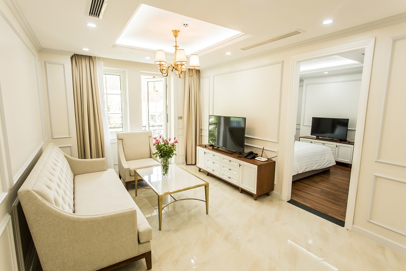 Modern and luxurious two bedroom apartment available for rent