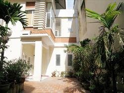 Open  House, in the City Center, 3 Bedrooms, outdoor space, located at Hai Ba Trung, Ha Noi