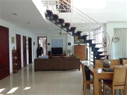 Beautifull penhouse 3 bedrooms available for rent in Quang An ,Tay Ho dist,.