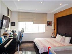 modern, 3 Bedrooms, Service, Lake view Apartment  in Xuan Dieu