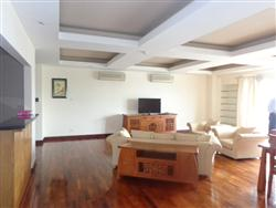 Hight quality, 3 Bedrooms, Service Apartment in Ha Noi street, Hoan Kiem area (Vn)