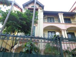 5 Beds, House in Xom Chua  Dang Thai Mai, Tay Ho, Ha Noi