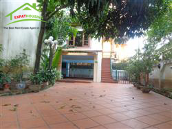 Beautiful Villa, swimming pool, Open view in lane 31 Xuan Dieu, Tay Ho, Ha Noi