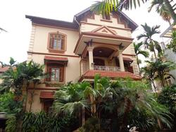 Charming Big garden villa available for rent in Tay Ho treet,Ha Noi