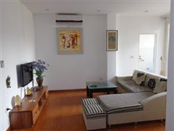 2 bedroom apartment in the central area of Tay Ho