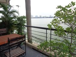 Lake View, Elegant furnished 3 BR Apartment in Xom Chua,Dang Thai Mai