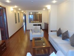4 bedroom furnished apartment on Xuan Dieu,Tay Ho