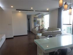 Brand new apartment for rent on Tue Tinh street , Hai Ba Trung with 3 bedrooms (Fr)