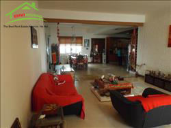 Beautiful,Big 4 Bedrooms apartments availble for rent in Truc Bach area, Ba Dinh