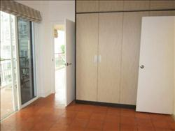 3 Bedrooms, Big side, Apart in Truc Bach area, Ba Dinh, Ha Noi